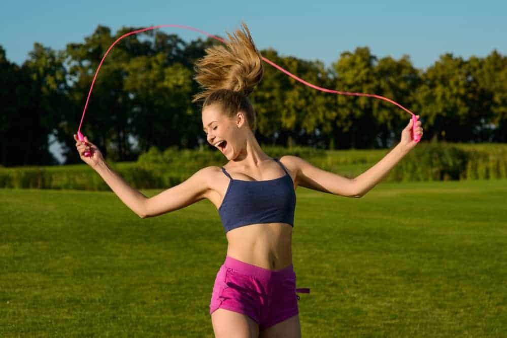 exercícios de saltar à corda