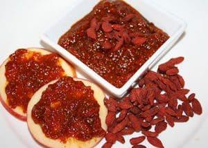 Borovničeva marmelada goji