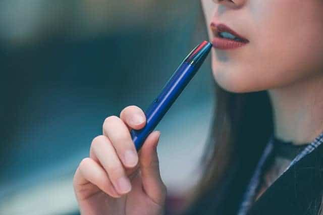 woman with an e cigarette