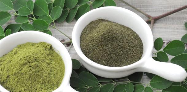 Powdered moringa leaves